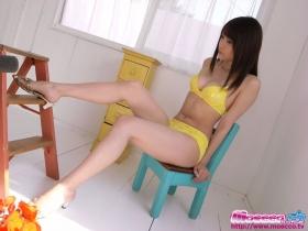 Kurosawa Karasu swimsuit gravure Yellow bikini002