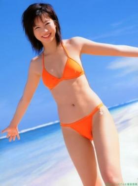 Misako Yasuda Swimsuit Images018