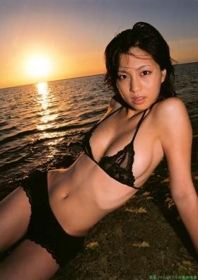 Misako Yasuda Swimsuit Images034
