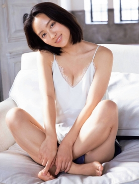 Yumi Okada swimsuit underwear pictures003