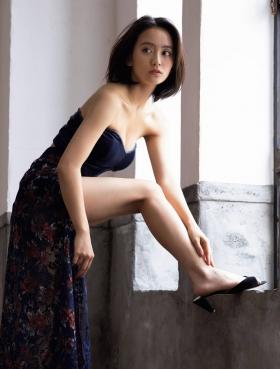 Yumi Okada swimsuit underwear pictures004