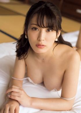 Tomomi Kaneko swimsuit gravure F breast selfish BODY 2021005