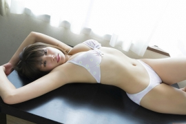 The Grand Voyage of a 19YearOld Ikumi Hisamatsu Gravure Swimsuit Images043