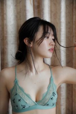 Ayuri Yoshinaga Swimsuit Gravure001