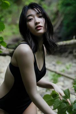 Ayuri Yoshinaga Swimsuit Gravure014