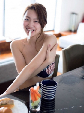 Current music college student with less than a year of experience gravure magazine Miura Umi,gravure swimsuit image044