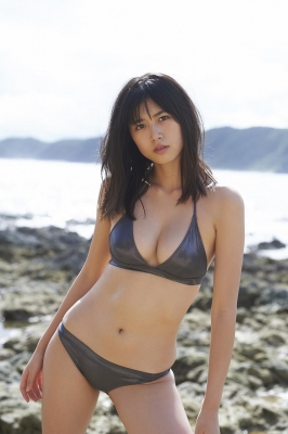 Tamayo Kitamukais swimsuit gravure first photo book goes on sale immediately2016