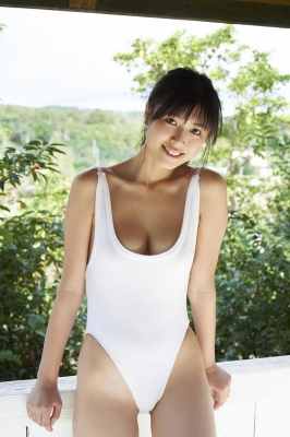Tamayo Kitamukais swimsuit gravure first photo book goes on sale immediately2023