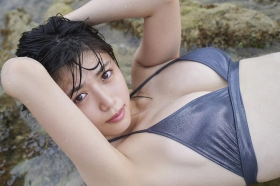Tamayo Kitamukais swimsuit gravure first photo book goes on sale immediately2024