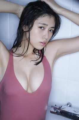 Tamayo Kitamukais swimsuit gravure first photo book goes on sale immediately2025
