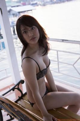 Asakura Mina Gravure Swimsuit Images031