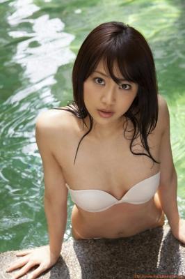 Asakura Mina Gravure Swimsuit Images046