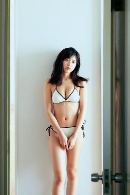 Risa Yoshida Swimsuit Gravure Adult Bikini 2020002