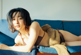 Yuu Saotome Swimsuit Gravure: From Girl to Actress 2021002
