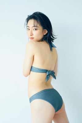 Yuu Saotome Swimsuit Gravure: From Girl to Actress 2021003