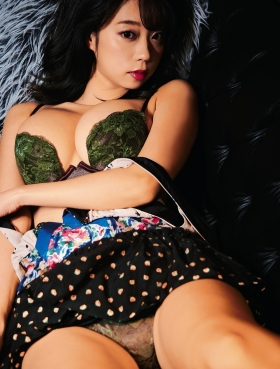 Hikaru Aoyama swimsuit underwear gravure 002