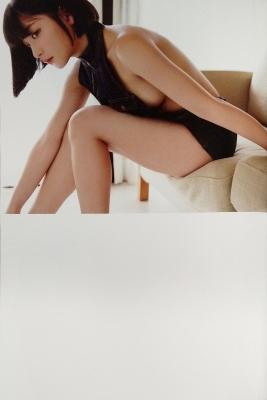 The Last Cinderella Girl of the Heisei Era Nagi Nemoto Gravure Swimsuit Images029