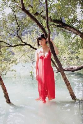 The Last Cinderella Girl of the Heisei Era Nagi Nemoto Gravure Swimsuit Images065