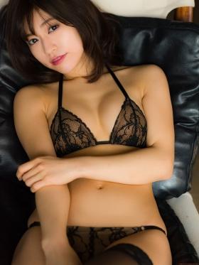 Reimi Osawa Gravure Swimsuit Bikini Image006