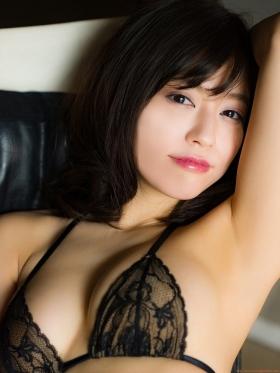 Reimi Osawa Gravure Swimsuit Bikini Image011