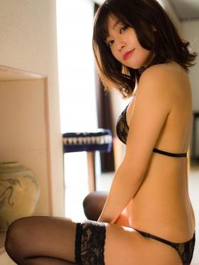 Reimi Osawa Gravure Swimsuit Bikini Image009