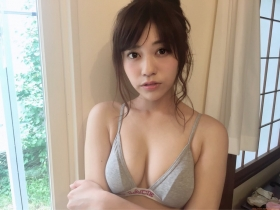 Reimi Osawa Gravure Swimsuit Bikini Image016