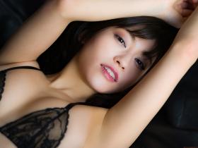 Reimi Osawa Gravure Swimsuit Bikini Image015