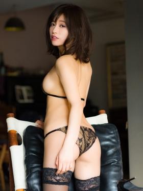 Reimi Osawa Gravure Swimsuit Bikini Image060