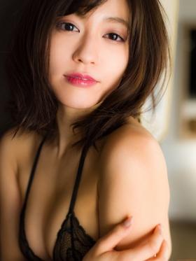 Reimi Osawa Gravure Swimsuit Bikini Image092