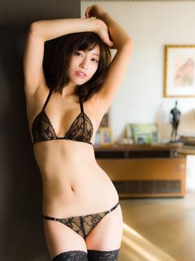 Reimi Osawa Gravure Swimsuit Bikini Image163