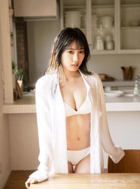 Sumire Yokono Swimsuit Gravure 2009