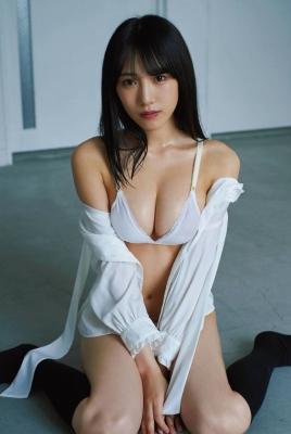 Sumire Yokono Swimsuit Gravure 2005