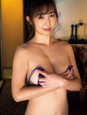 Misumi Shiochi underwear images Japans sexiest announcer shows off her soothing bountiful body 2021003