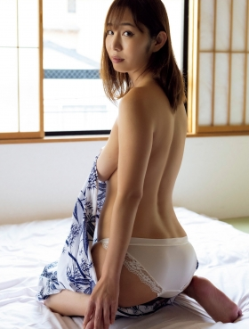 Misumi Shiochi underwear images Japans sexiest announcer shows off her soothing bountiful body 2021004