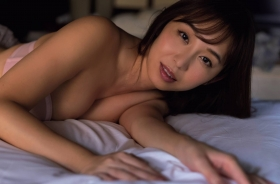 Misumi Shiochi underwear images Japans sexiest announcer shows off her soothing bountiful body 2021007