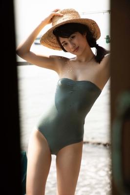 Kazusa Okuyama swimsuit gravure014