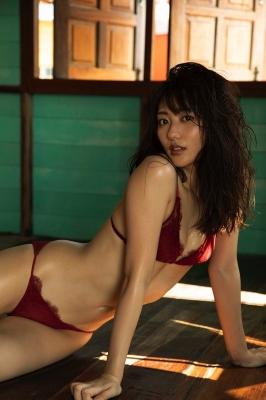 Kazusa Okuyama swimsuit gravure026