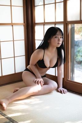 Shiori Ikemoto Swimsuit Gravure011