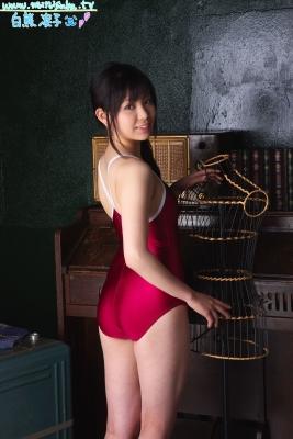 Ryoko Shirakuma Red School Swimsuit004