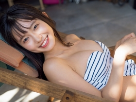 Shida Onda swimsuit gravure Miraculous active female college student who lights up the world 2011