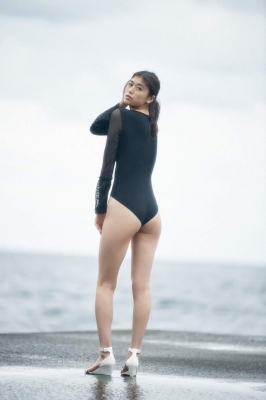Tamayo Kitamukai swimsuit gravure019