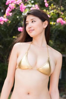 Manami Hashimoto swimsuit bikini gravure005