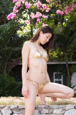 Manami Hashimoto swimsuit bikini gravure021