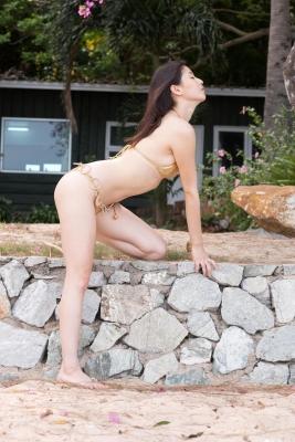 Manami Hashimoto swimsuit bikini gravure025