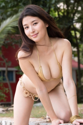 Manami Hashimoto swimsuit bikini gravure032