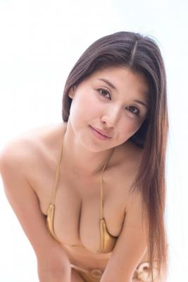 Manami Hashimoto swimsuit bikini gravure040