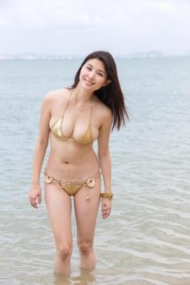 Manami Hashimoto swimsuit bikini gravure054
