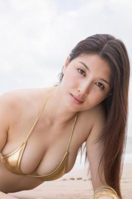Manami Hashimoto swimsuit bikini gravure098