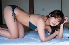 Airi Furuta swimsuit gravure Exquisite body that seems to reach but doesnt reach 2021006