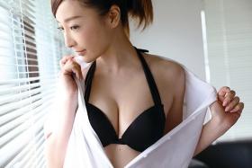 Wataru Takeuchi swimsuit gravure Japans most beautiful 34yearold latest body unveiled 014
